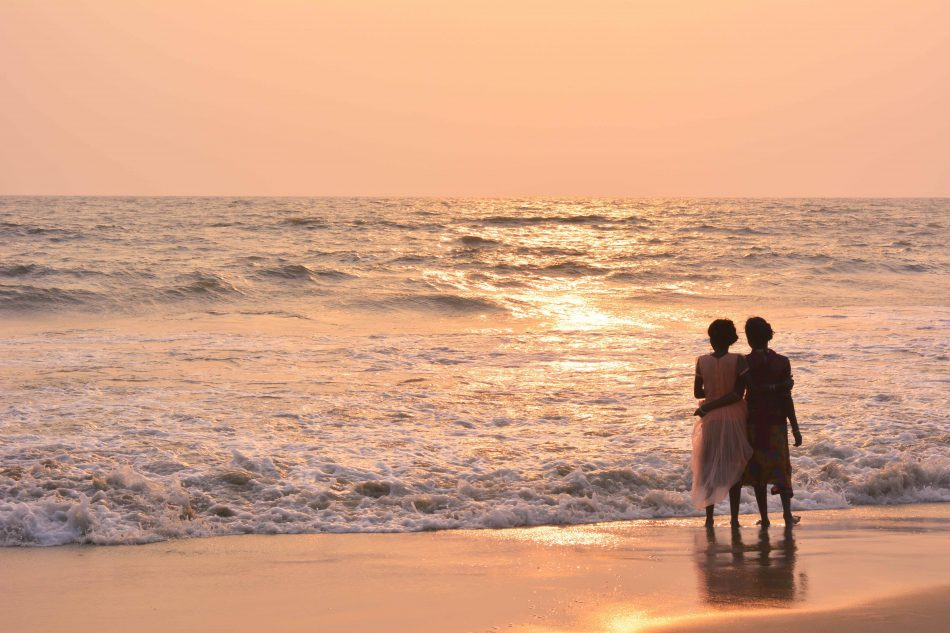 4 most romantic ways to propose on the beach this summer proposal