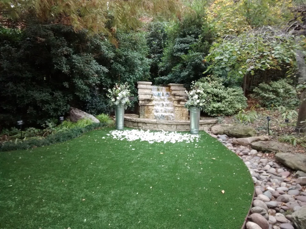 dallas-proposal-idea-private-garden-picnic-1000px