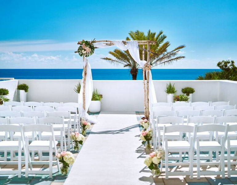 Miami Romantic Rooftop Proposal Creative Romantic Proposal Ideas